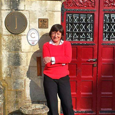 Julie Steele tour guide Burgundy France